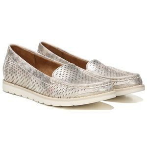 Naturalizer 'Isla' loafer in Champagne - size 7.5